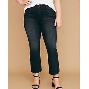 NWT Plus Size Black Essential Stretch Crop Jeans